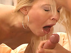 Awesome pornstar Daytona fucking in this hardcore DP 3some